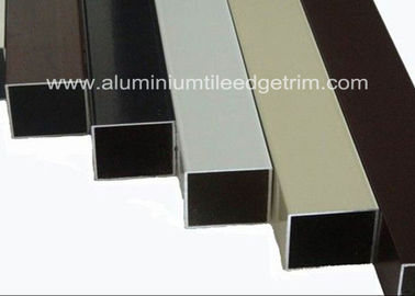 Cina Ringan Extruded Aluminium Square Tube Powder Coating Korosi Resistant pemasok