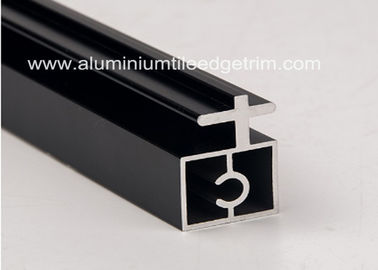 Cina Profil Aluminium Extruded Black Anodized Channel Irregularity Shape Long Durability pabrik